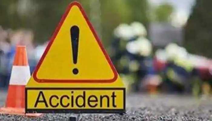 Jaunpur Accident: जौनपुर में ट्रक और कार में टक्कर से पांच लोगों की मौत