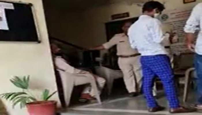 फर्जीवाड़े के आरोपी IAS को हवालात में दी जा रही वीआईपी सुविधा, पुलिस को है इस बात का डर