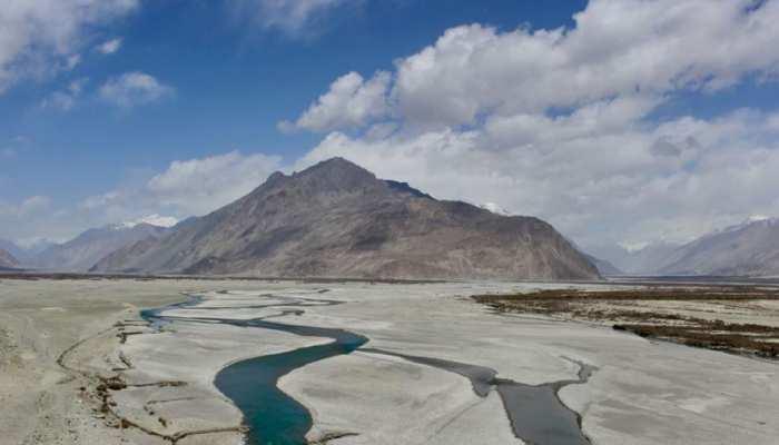 Eastern Ladakh में चीनी सैनिकों से भिड़ंत को India Army ने किया खारिज, बयान में कही ये बात