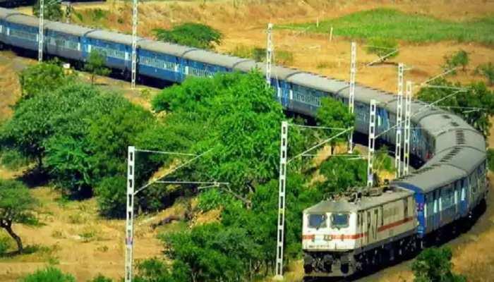 मुक्तापुर-समस्तीपुर रेल पुल पर पानी का बढ़ा स्तर, 25 ट्रेनों के समय में बदलाव, यहां जाने डीटेल्स