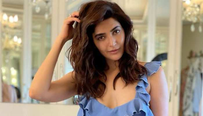 Karishma Tanna is about to enter Bigg Boss, Hint given in a special way