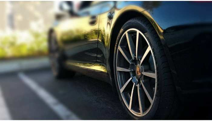 Knowledge: हर गाड़ी का टायर काले रंग का क्यों होता है? कभी सोची भी नहीं होगी ऐसी वजह