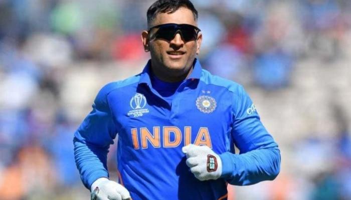 ms dhoni parthiv patel wicket keeper team india cricket Career chances|धोनी  की वजह से खत्म हुआ था क्रिकेट करियर, इस पूर्व क्रिकेटर का दावा| Hindi News