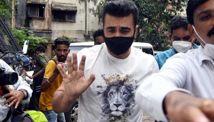 Raj Kundra की कंपनी के 3 प्रोड्यूसर्स और गहना वशिष्ठ पर केस, 'पॉर्न' शूट करने के लिए मजबूर करने का आरोप