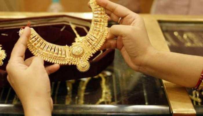 Gold Price Today, 28 July 2021: चांदी की कीमतों में आई बड़ी गिरावट, 1000 रुपये तक गिरे भाव, जानिए क्या है सोने का रेट