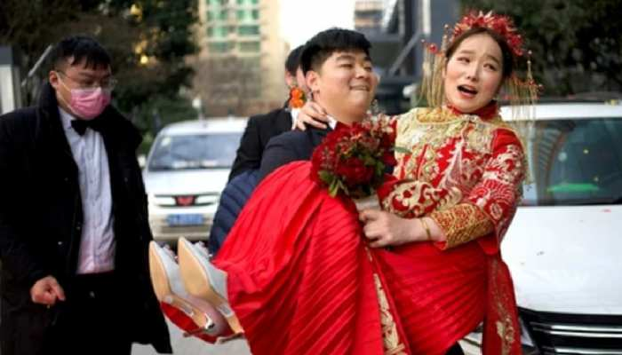 weird Ritual molested in name of sex education forced bride to drink alcohol In China