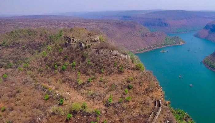 Mysterious 'Shergarh Fort' of Bihar, in which hundreds of tunnels are present