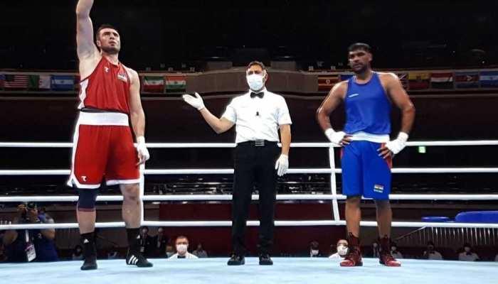 Tokyo Olympics: चोट के बावजूद रिंग में उतरे Boxer Satish Kumar, करना पड़ा हार का सामना