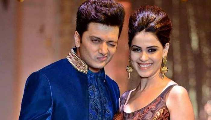Riteish Deshmukh ने 8 बार छुए थे शादी में दुल्हन Genelia के पैर, वजह जानना है तो देखिए VIDEO