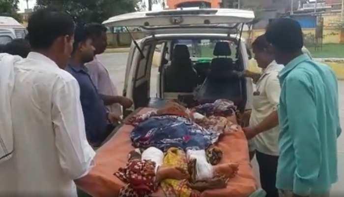 Sambhal News: जमीन बेचने से रोकना पत्नी को पड़ा भारी, पति ने तोड़ दिए दोनों हाथ और पैर