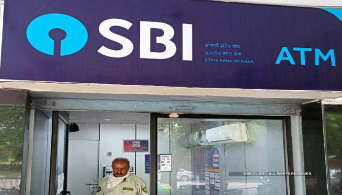 SBI customer needs to pay penalty for every atm transaction due to insufficient balance, know how to avoid