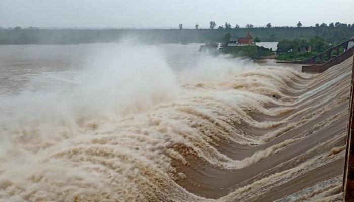 Rajasthan में भारी बारिश से मची तबाही, पार्वती डैम के 22 में से 19 गेट खोले