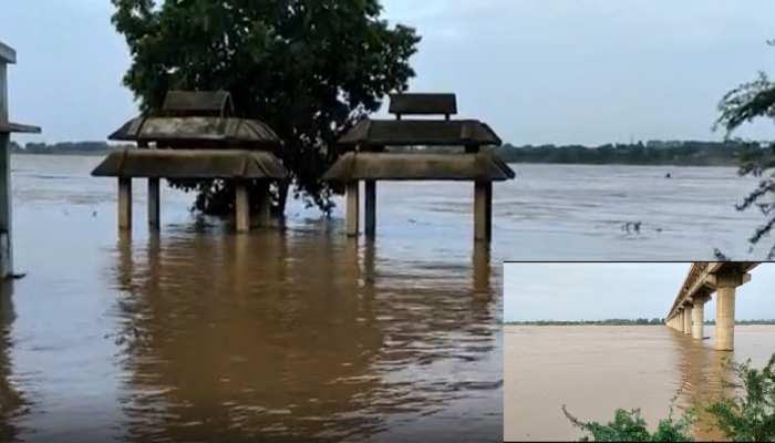 औरैया: यमुना नदी का जल स्तर खतरे के निशान के पार, निचले इलाको में भरा पानी, अलर्ट जारी