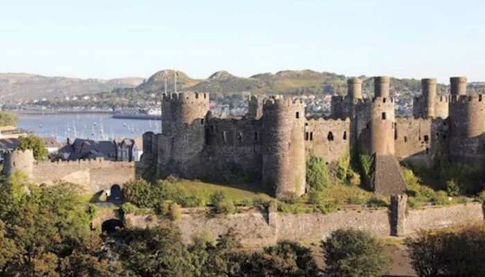 Ghost of girl whispers dont tell them to visitors Inside the haunted Conwy Castle