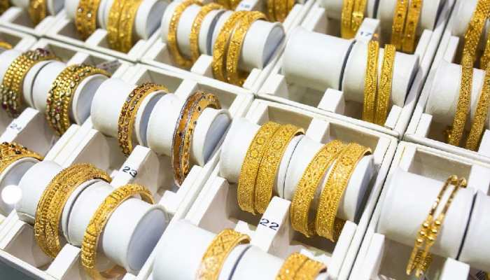 Gold Price Today, 04 August 2021: गोल्ड खरीदने का यही है सही मौका! आज भी 8000 रुपये है सस्ता! कई दिनों से भाव स्थिर