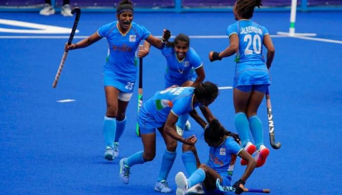 Tokyo Olympics Live: भारतीय महिला हॉकी टीम का कमाल, गुरजीत ने दागा पहला गोल