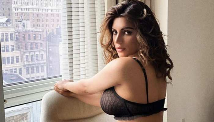 Sexaholic Fame Actress Shama Sikander Birthday Hottest Photos Went Viral on Instagram See Now
