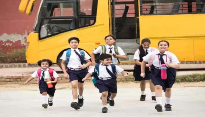 Bihar में अब खुलेंगे स्कूल, प्रतिबंधों के साथ सिनेमा हॉल और मॉल खोलने के निर्देश, जानें बिहार-झारखंड की Top News