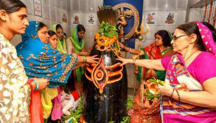 Sawan Shivratri 2021: शिवरात्रि पर ऐसे करें शिव को प्रसन्न, जानें पूजा का शुभ मुहूर्त और विधि