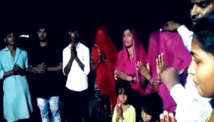 Pakistan से आए हिंदू परिवार का आरोप- हमें कर रहे हैं परेशान, कर लेंगे आत्महत्या