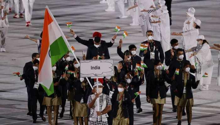 Tokyo Olympics: Neeraj Chopra नहीं, Closing Ceremony के दौरान इस खिलाड़ी के हाथ में होगा तिरंगा