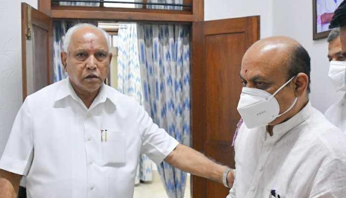 Karnataka: कैबिनेट मंत्री का दर्जा नहीं चाहते थे BS Yediyurappa, CM बोम्मई से बोले- अपना आदेश वापस लें