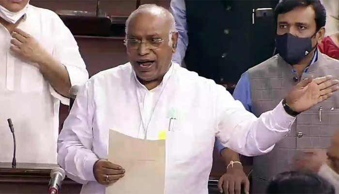 OBC Bill के समर्थन में कांग्रेस, Mallikarjun Kharge बोले- विपक्षी दल चाहते हैं इसे पास कराना