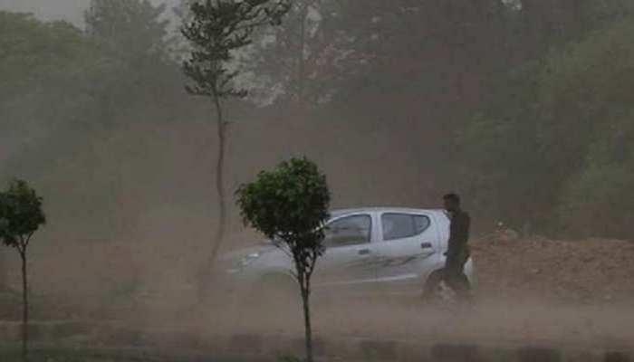 इन 10 जिलों में बारिश का अलर्ट, जानें बिहार-झारखंड की आज की Top News
