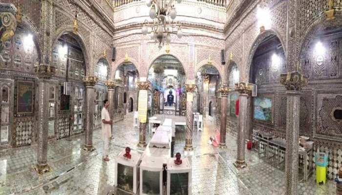 इंदौर का अद्भुत मंदिरः जिसके कांच बेल्जियम से मंगवाए तो कारीगर ईरान से आए