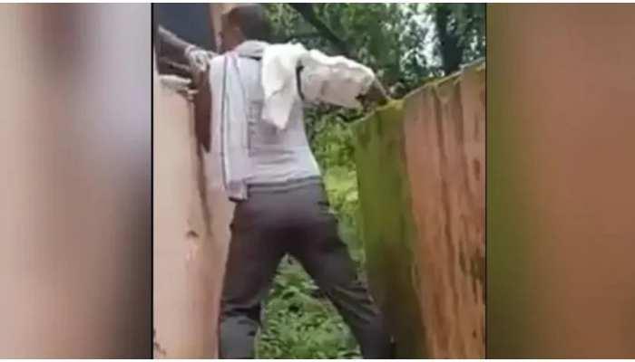 Viral Video: Corona Vaccine के लिए शख्स ने लगाया गजब जुगाड़, वीडियो देख मुंह से निकलेगा- वाह