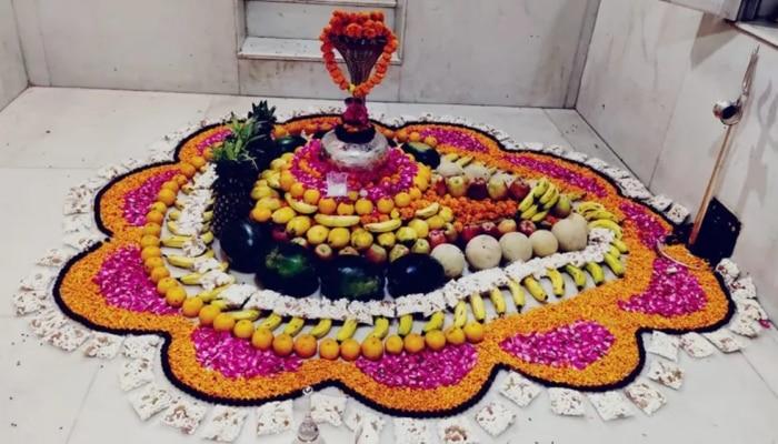 Lord Shiva Pooja With Flowers: फूलों से कैसे करें भगवान शिव की पूजा, भूल से भी न करें ये गलती