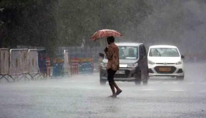 MP Weather: कई जिलों में बारिश का इंतजार तो कहीं गरज-चमक के साथ गिर सकती है बिजली