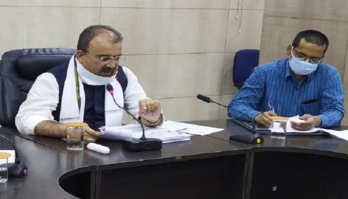 वेंटिलेटर संचालन के लिए प्रशिक्षित किये जा रहे स्वास्थ्यकर्मीः स्वास्थ्य मंत्री मंगल पांडेय