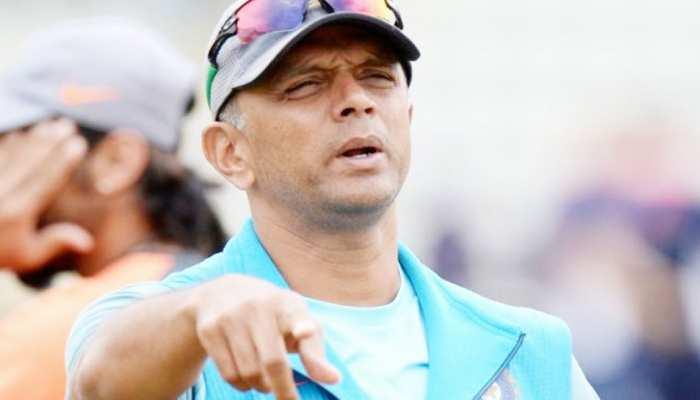 मुश्किल में राहुल द्रविड़ की दावेदारी, अब ये दिग्गज बन सकते हैं टीम इंडिया के अगले कोच
