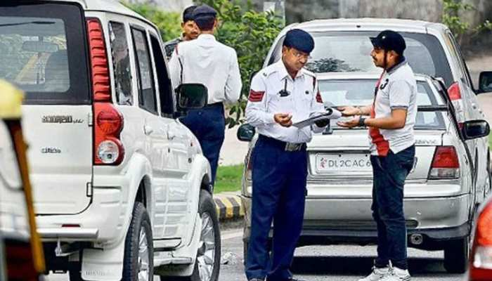 Traffic Rules में बड़ा हुआ बदलाव, अब पुलिस फोटो खींच नहीं भेज सकेगी Challan!