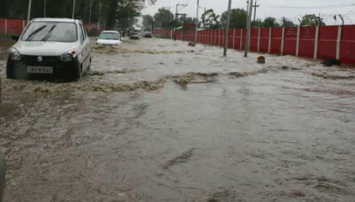 बिहार: मुजफ्फरपुर में बूढ़ी गंडक ने फिर बरपाया कहर, थाना समेत निचला इलाका हुआ जलमग्न