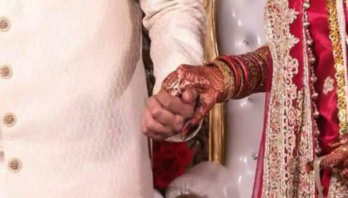 Bhind: शादी में नहीं बुलाने पर पड़ोसी ने दूल्हे को जमकर पीटा, शराब के लिए मांगे पैसे