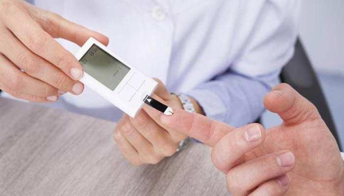 Diabetes: ये लक्षण दिखें तो तुरंत हो जाएं सावधान, हो सकते हैं डायबिटीज का शिकार