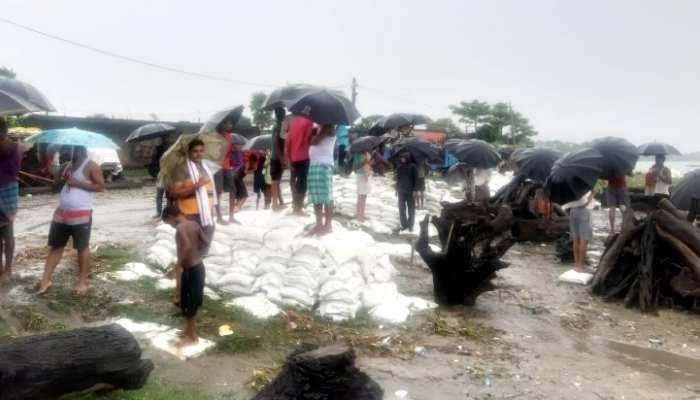 बिहार: Gandak Nadi में डूबी 25 लोगों से भरी नाव, 5 लोगों को बचाया, रेस्क्यू जारी