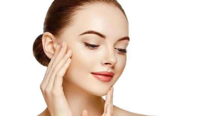 Beauty Tips: 20 से 30 साल की उम्र में अपनाएं ये टिप्स, त्वचा में जिंदगीभर रहेगी चमक