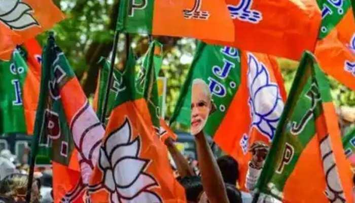 OBC वोटों को साधने में जुटी BJP, ओबीसी मोर्चा अयोध्या में करेगा सम्मेलन, CM योगी भी होंगे शामिल