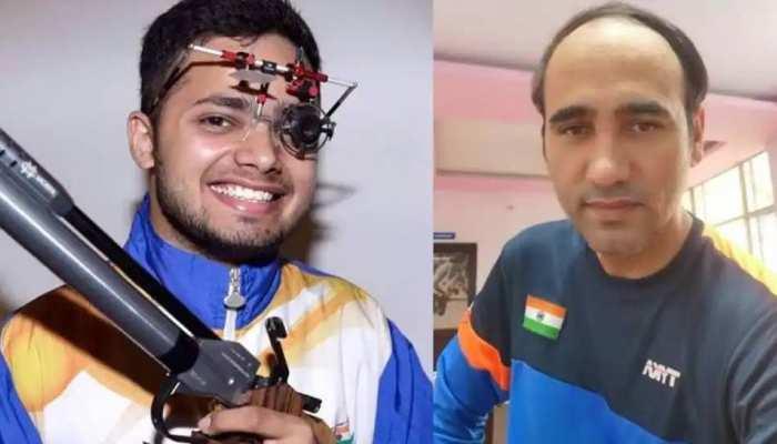 Shooting में भारत का कमाल, मनीष नरवाल ने Gold, सिंहराज ने जीता Silver Medal