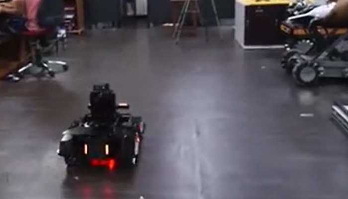 आईआईटी कानपुर ने बनाया फाइटर रोबोट, कर सकता है बॉर्डर की निगहबानी, जानें खासियत