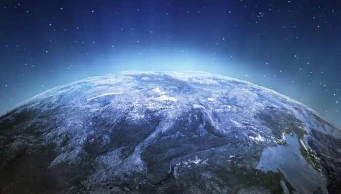 आज आसमान में दिखेगी अद्भुत खगोलीय घटना, पृथ्वी के बेहद करीब होगा ये रहस्यमयी ग्रह