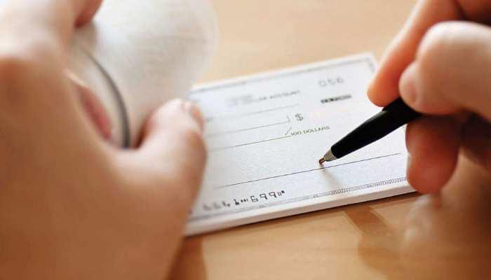 1 अक्टूबर से नहीं चलेगी पुरानी Cheque Book, इन सरकारी बैंकों में है आपका अकाउंट तो तुरंत बैंक से करें संपर्क