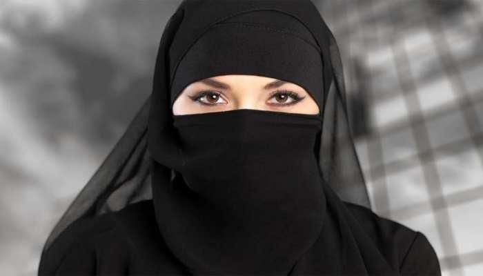 """पति ने फोन पर दिया तीन तलाक, पत्नी पहुंची कोर्ट; बोली- """"यह शरिया विरोधी, असंवैधानिक और बर्बर''"""