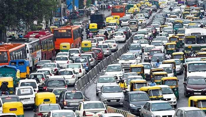 दिल्ली के इन रास्तों पर भारी जाम के आसार, घर से निकलने से पहले देख लें रूट