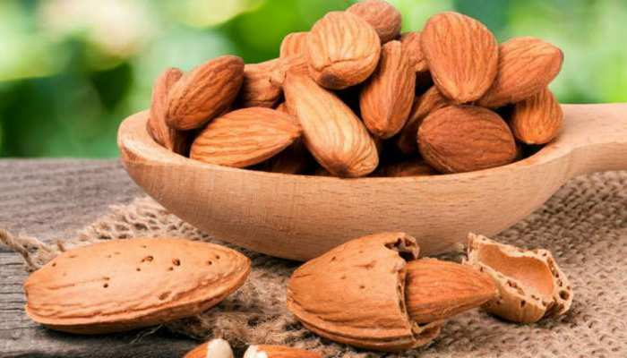 How do you eat almonds This is the right way know it will be beneficial