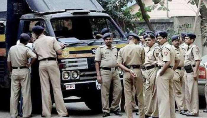 आतंकी हमले को लेकर 13 जिलों में अलर्ट, ट्रेन-रेलवे स्टेशन की बढ़ाई गई सुरक्षा