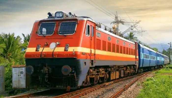 चक्रवात 'गुलाब' की वजह से रेलवे ने 27 सितंबर तक कई ट्रेनों को किया कैंसल, यहां देखें List